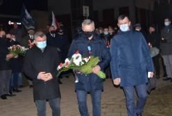Członek Zarządu Powiatu Kartuskiego: Andrzej Leyk, Radni Powiatu Kartuskiego: Andrzej Bystron, Stanisław Smentoch (zdj. UM Kartuzy)
