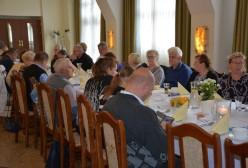 Spotkanie członków kartuskiego koła Polskiego Związku Niewidomych w ramach obchodów Dnia Białej Laski